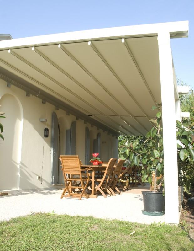Toldos para patios exteriores latest stunning un espacio - Toldos para patios exteriores ...