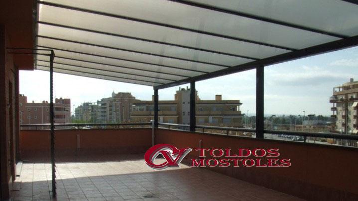 Techos fijos madrid cerramientos policarbonato y vidrio for Toldos para techos