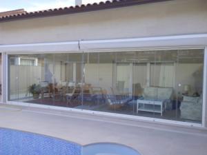cortina de cristal en Pozuelo de Alarcón