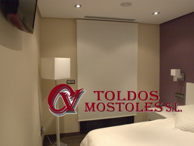 estor enrollable interior madrid