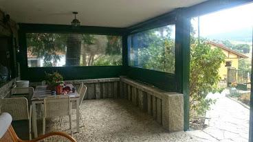 Como cerrar un porche con toldos verticales toldos m stoles - Cortavientos de jardin ...
